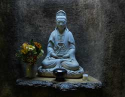 buddha-shrine-green-gulch-zen-center